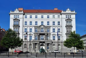 tuition free universities in czech republic for international students